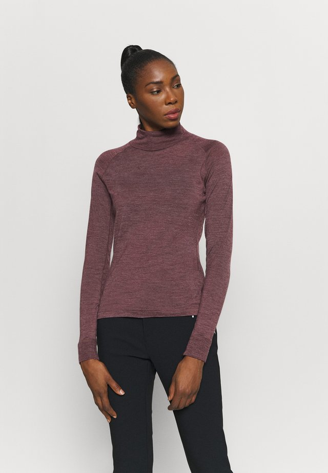 ACTIVIST TURTLENECK  - T-shirt sportiva - red illusion