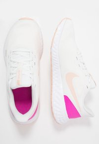 Nike Performance - REVOLUTION 5 - Neutral running shoes - summit white/washed coral/fire pink - 1