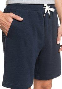 Quiksilver - ESSENTIALS  - Shorts - navy blazer - 4