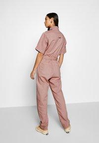 Weekday - BENDER BOILER - Jumpsuit - dusty pink - 2