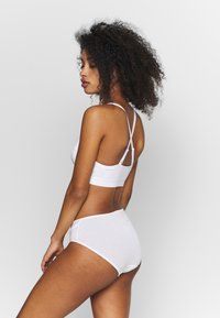Weekday - TYRA SOFT - Bustier - white - 2