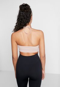 Filippa K - SEAMLESS HALTER - Top - dusty rose - 2