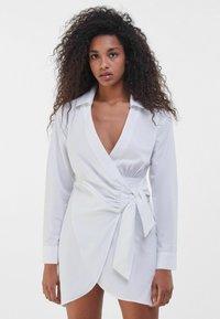 Bershka - Robe d'été - white - 0