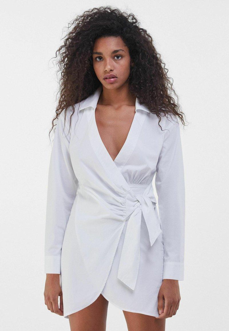 Bershka - Robe d'été - white