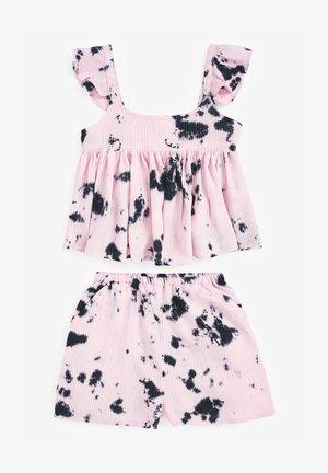SET - Shorts - pink