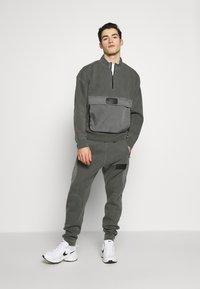 Jordan - Sweatshirt - black - 1