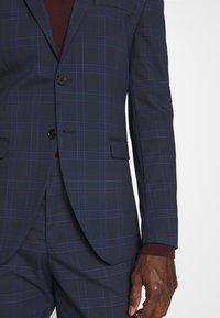 Selected Homme - MYLOLOGAN SUIT - Suit - navy blazer/brown - 7