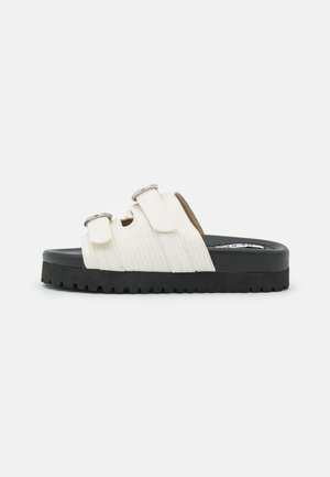 DOUBLE BUCKLE  - Slip-ins - white