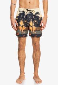 Quiksilver - Swimming shorts - orange pop - 0