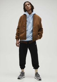 PULL&BEAR - Giacca in similpelle - brown - 1