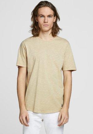 JPRDREW BLA - Basic T-shirt - prairie sand