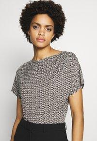 WEEKEND MaxMara - FOSCO - Print T-shirt - sand - 4