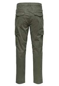 Only & Sons - CARGOHOSE REGULAR FIT - Cargo trousers - forest night - 1