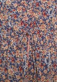 Vero Moda - VMBELLA DRESS - Denní šaty - ombre blue/bella - 5