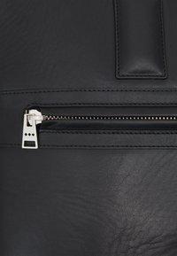 Royal RepubliQ - ANALYST LAPTOP BAG - Laptop bag - black - 3