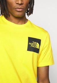 The North Face - FINE TEE - Print T-shirt - tnf lemon - 5