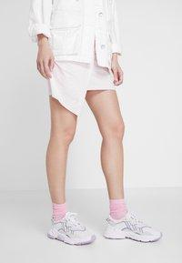 adidas Originals - OZWEEGO ADIPRENE+ RUNNING-STYLE SHOES - Trainers - footwear white/grey three/soft vision - 0