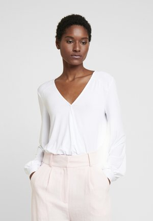 SHANIA BODY - Camiseta de manga larga - true white