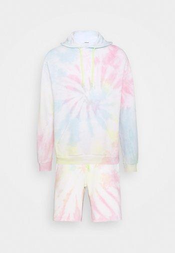 UNISEX - Bluza z kapturem - white
