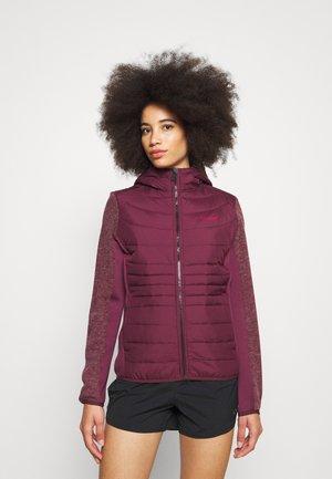 PEMBLE HYBRID - Fleece jacket - fig
