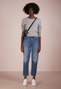 Repeat - CREW NECK CASHMERE - Sweter - light grey - 1