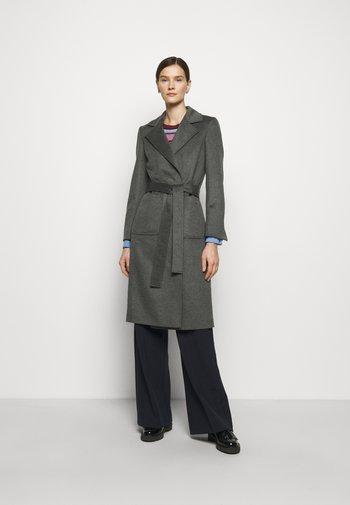 RUNAWAY - Classic coat - medium grey