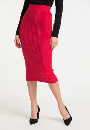 Blyantnederdel / pencil skirts - rot