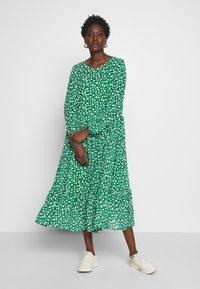 Love Copenhagen - BABAL DRESS - Maxi dress - jolly green - 0