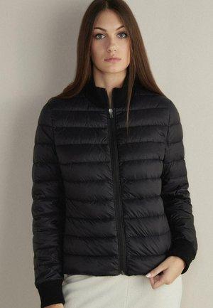 LANGARMELIGE - Light jacket - schwarz - 9107 - black