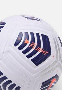 Nike Performance - UEFA FLIGHT - Equipement de football - white/regency purple/bright mango - 1