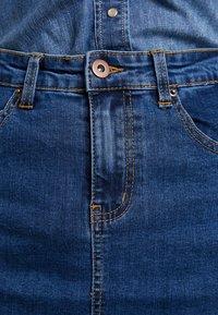 Zalando Essentials - DENIM SKIRT PENCIL - A-line skirt - blue denim - 6