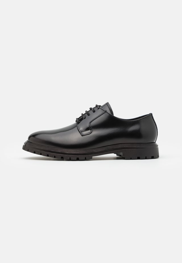CAFEL POLIDO - Smart lace-ups - black