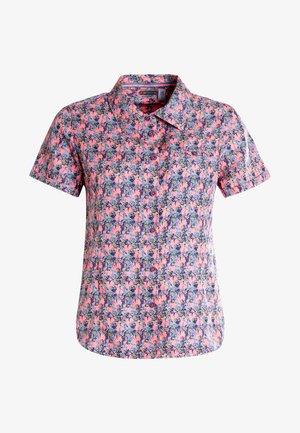 Button-down blouse - raspberry