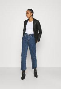 Monki - ZAMI LA LUNE - Straight leg jeans - blue medium dusty - 1
