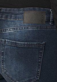 Pieces Curve - PCDELLY  - Jeans Skinny Fit - dark blue denim - 3