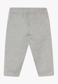 Smitten Organic - BABY ZGREEN - Kalhoty - grey melange - 1