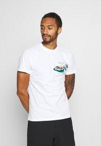 Scotch & Soda - ISLAND SOUVENIR TEE - Print T-shirt - combo - 2