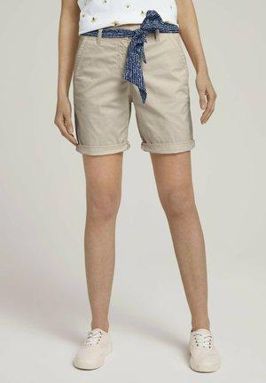 Shorts - linen white