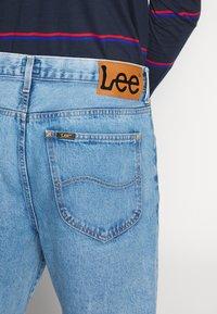 Lee - GRAZER - Relaxed fit jeans - light-blue denim - 5
