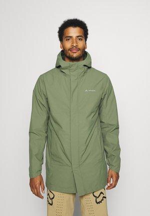 MENS CYCLIST PADDED COAT - Short coat - cedar wood