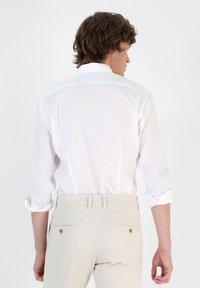 Scalpers - Formal shirt - white - 2
