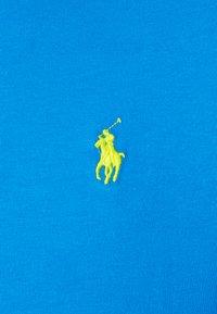 Polo Ralph Lauren - CUSTOM SLIM FIT CREWNECK - Jednoduché triko - blue - 2