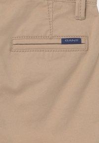 GANT - Shorts - dry sand - 2