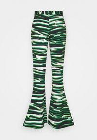 Stieglitz - RINA FLARE  - Bukse - white/green - 1