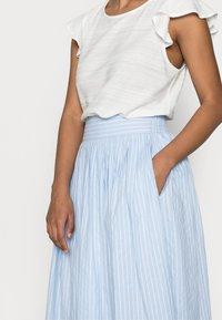YAS Petite - YASSTRILLA  MIDI SKIRT - A-line skirt - cashmere blue - 3