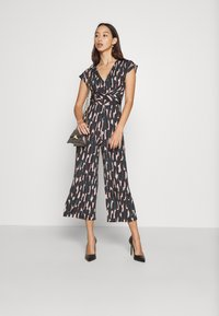 Anna Field - OCCASION - ALL OVER PRINT SHORT SLEEVES FRONT KNOT JUMPSUIT - Jumpsuit - black/multi-coloured - 3