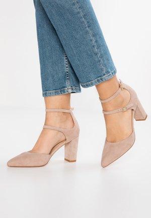 Classic heels - beige