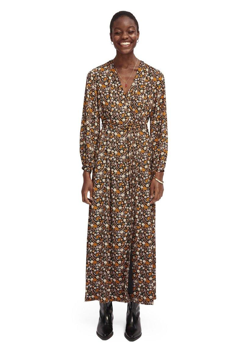 Scotch & Soda - PRINTED WRAPOVER DRESS - Maxi šaty - combo