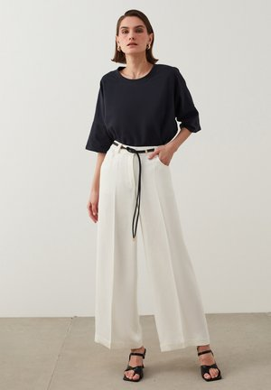 Trousers - off white