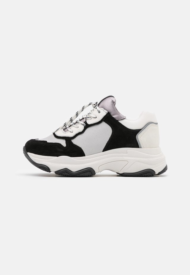 BAISLEY - Sneakers laag - white/black